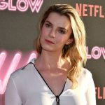 Betty Gilpin Height, Weight, Age, Boyfriends, Husband, Family, Biography & More
