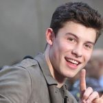 Shawn Mendes Height, Weight, Age, Girlfriend, Family, Biography & More