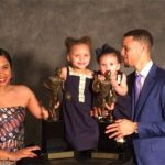 Stephen Curry with his daughters and wife