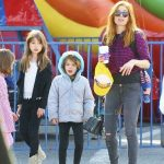 Isla-Fisher-With-Olive-Elula-and-Montgomery-Cohen