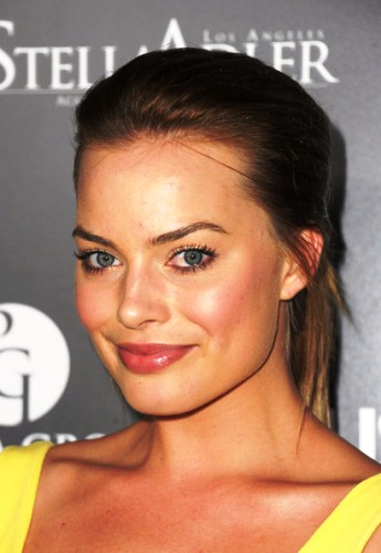 Margot Robbie profile