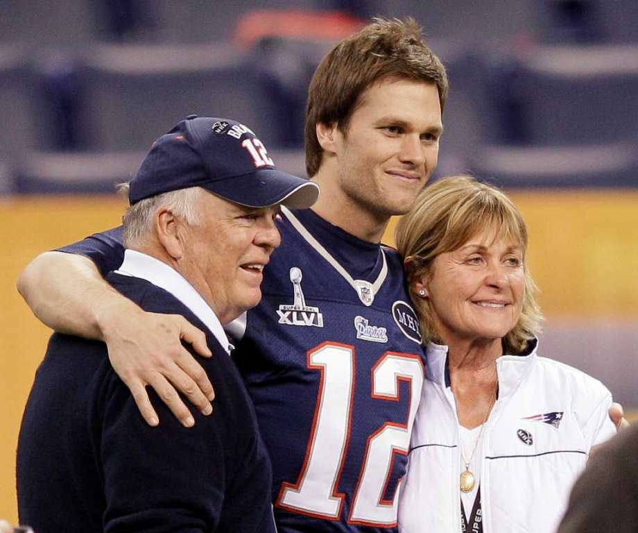 Tom Brady Height, Weight, Age, Girlfriends, Wife, Family, Biography