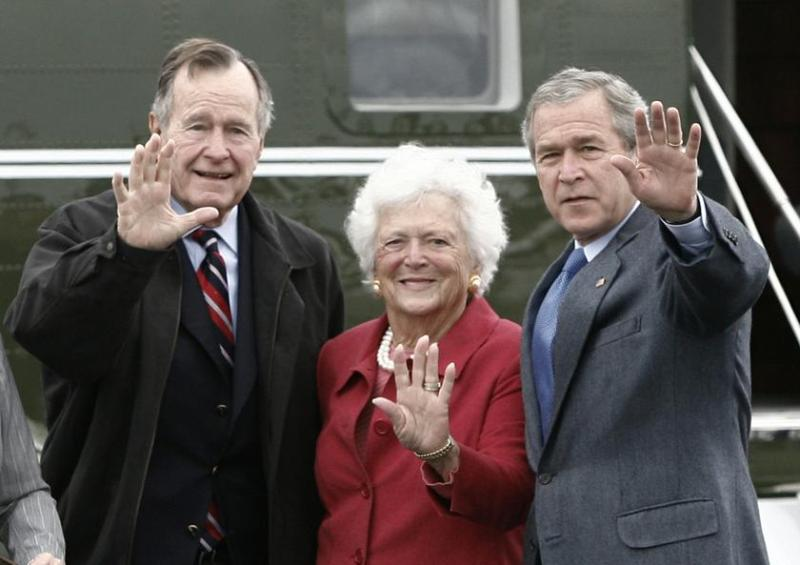 George W Bush Age Controversies Wife Family Biography Facts