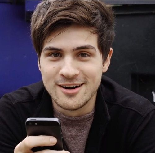 Anthony Padilla (Smosh) Height, Weight, Age, Girlfriend ...