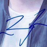 Chris Zylka signature