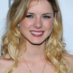 Laura Slade Wiggins Height, Weight, Age, Affairs, Family, Biography & More