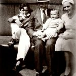 Stan Lee With His Parents And Brother