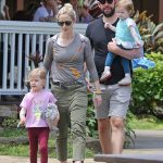 Emily Blunt with her daughters and husband