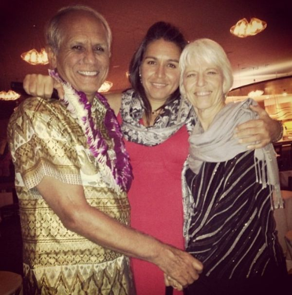 Tulsi Gabbard with her Parents