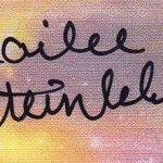 Hailee Steinfeld's Autograph