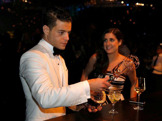 Rami Malek drinks alcohol