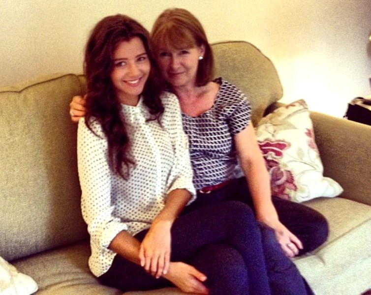 Eleanor Calder with her mother