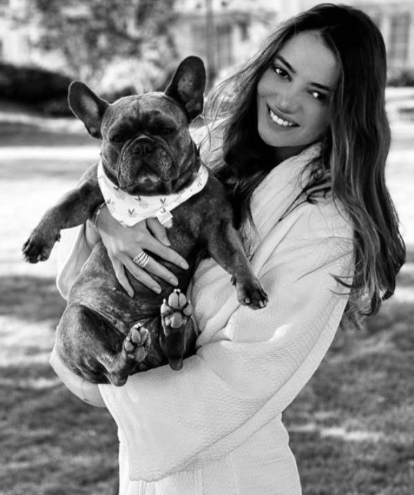 Keleigh Sperry with her dog
