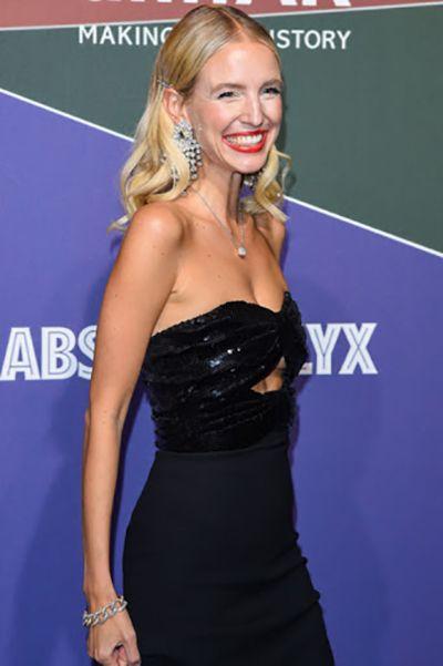 Leonie Hanne at an amfAR gala