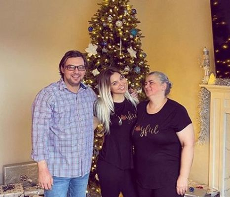 Petra Vučković with her parents