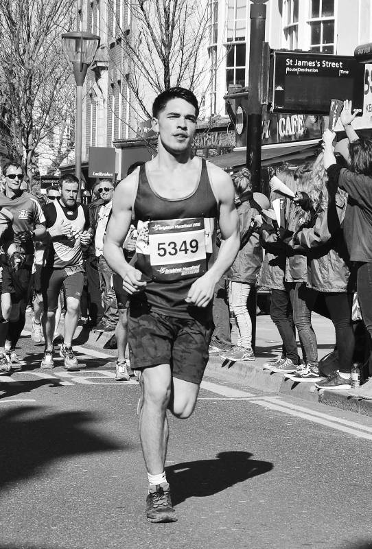 Reuben Selby at the Brighton Marathon (2016) for Cancer Research UK