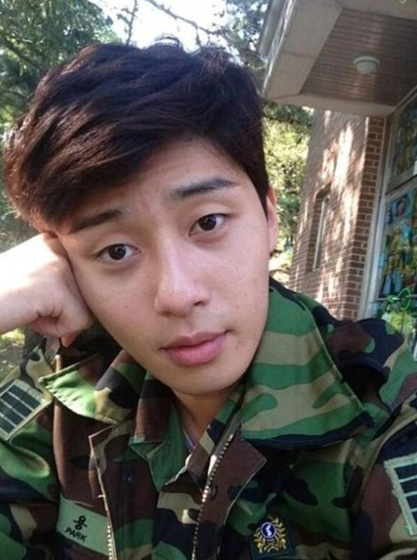 Park Seo-joon during military days