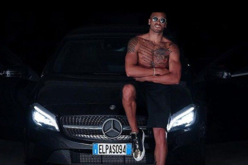 Lamont Marcell Jacobs with his Mercedes-Benz
